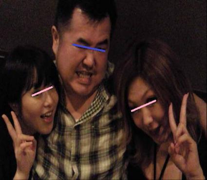 沼津市キャバクラのシェルルームのキャバ嬢H嬢とM嬢との証拠写真