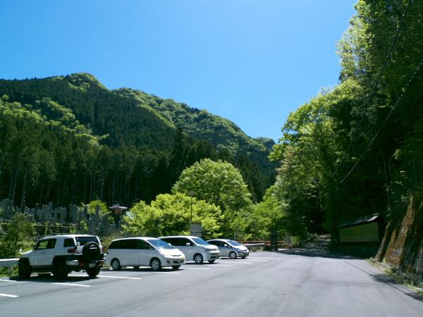 山上ヶ岳001駐車場