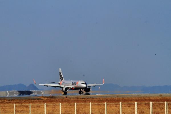 GK A320-232 JA08JJ RJOM 140122 002