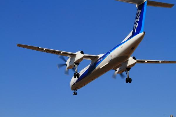 EH DHC-8-402Q JA460A RJOM 140122 012