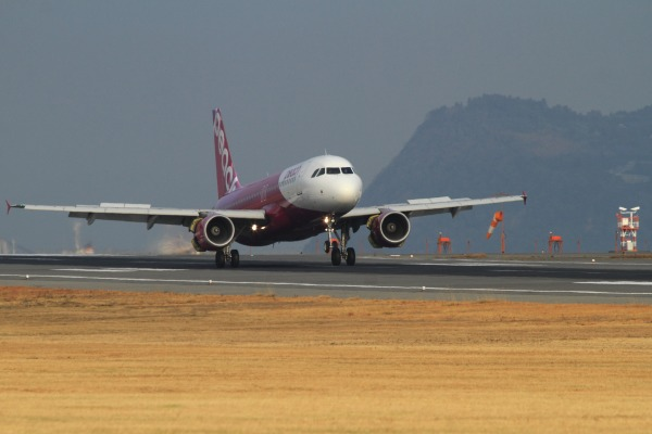 MM A320-214 JA803P RJOM 140201 02