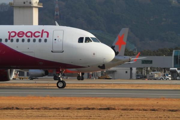 MM A320-214 JA803P RJOM 140201 04