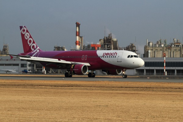 MM A320-214 JA803P RJOM 140201 03