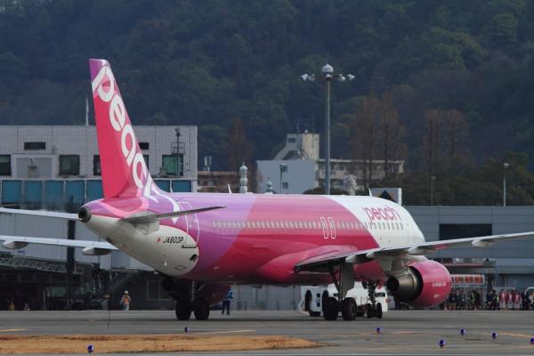 MM A320-214 JA803P RJOM 140201 10