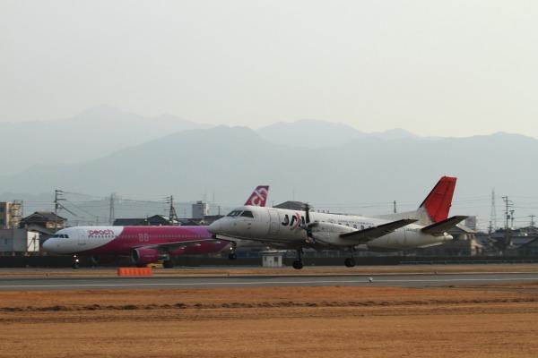 3X SAAB-340B JA8888 RJOM 140201 003
