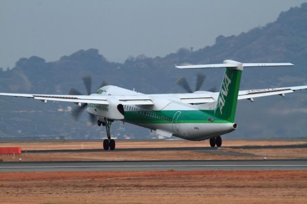 EH DHC-8-402Q JA857A RJOM 140201 021