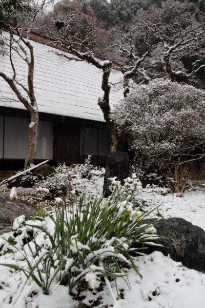 惣河内神社一畳庵・降雪 140206 03