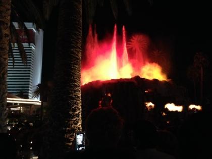 2013Las_vegas_volcano1.jpg