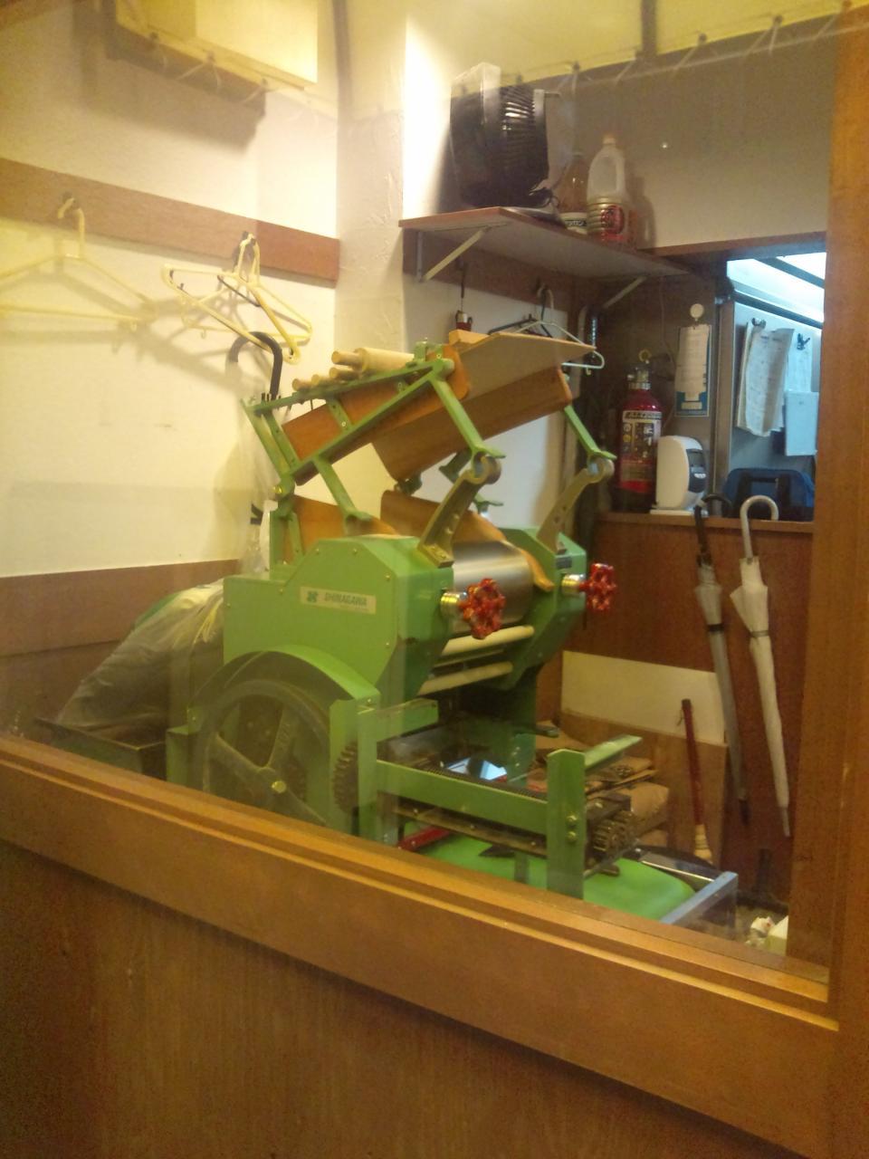 麺でる大岡山店(製麺機)