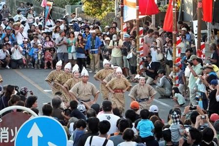 ツナヌミン会場の踊り