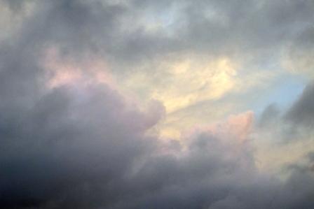 紫の雲11月2日6時57分