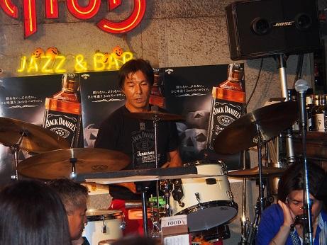 PA200175ドラムス
