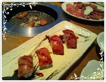 肉~ヽ(°▽、°)ノ