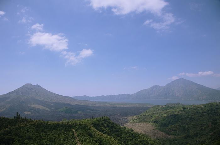 110829_キンタマーニ(バトゥール山全景)