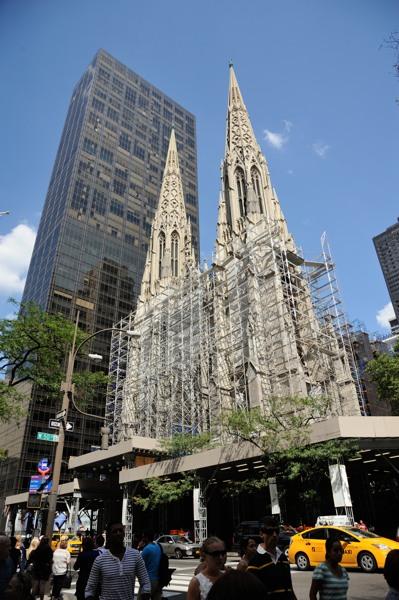 NY_セントパトリック教会1