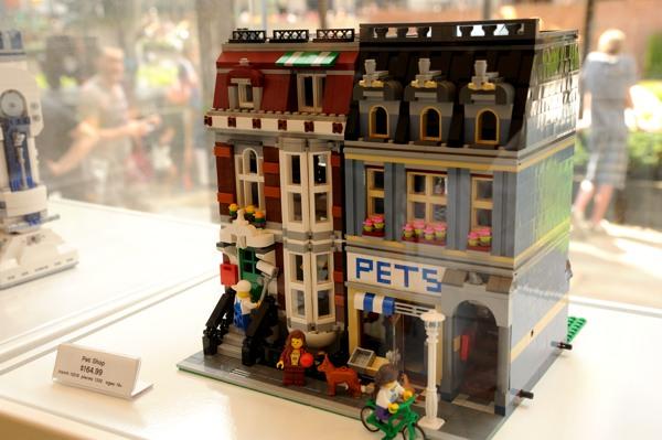 NY_LEGO1.jpg