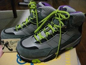 登山靴ダナー