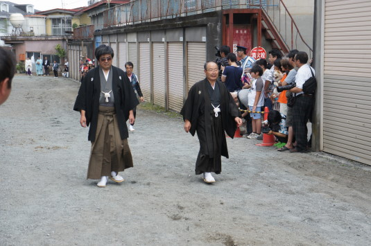 小室浅間神社 流鏑馬祭り 占人