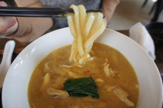 カレーうどん コマチンカフェ 麺リフト