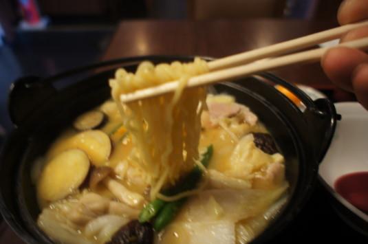 ラーとう ほさか 麺リフト