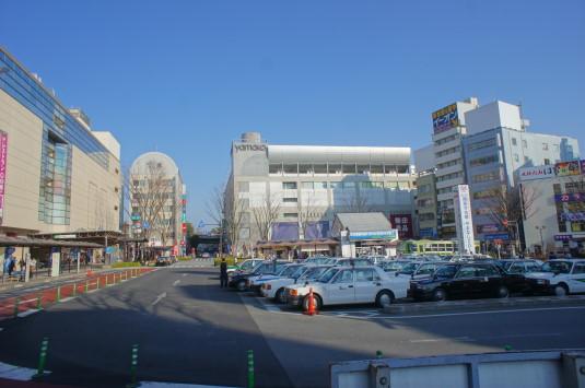 甲府駅前信玄公像 ターミナル