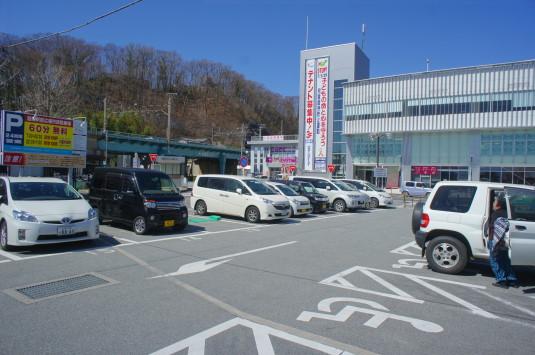 桜 韮崎駅前 駐車場