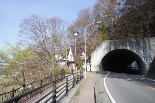 桜 産屋が崎 トンネル