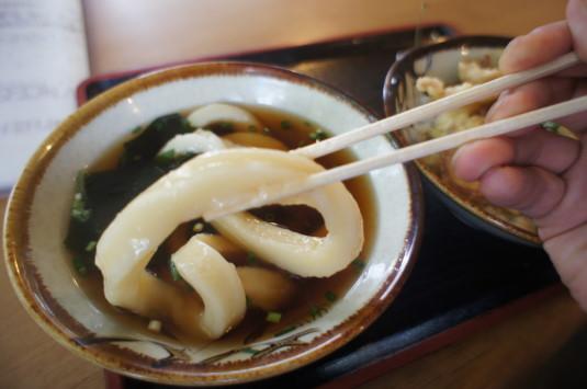 そば処桃園 麺リフト