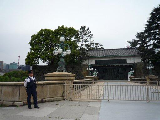 門の警備の警視庁P1030766