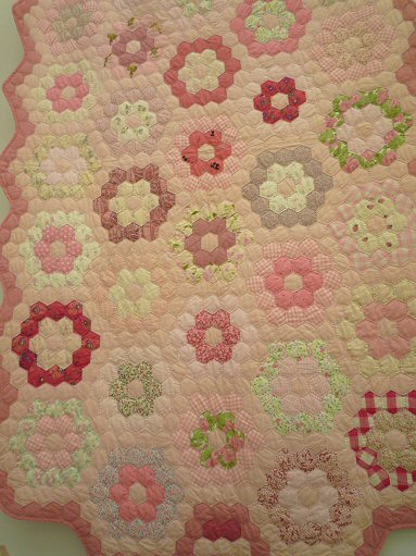 ピンクヘキサゴンP1030884
