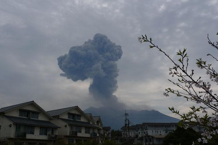 桜島 噴火 2012