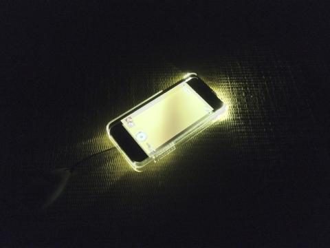 iPhone5hikari2