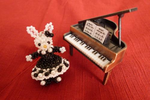 ピアノウサギ