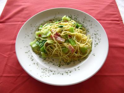 白菜のぺペロンチーノ