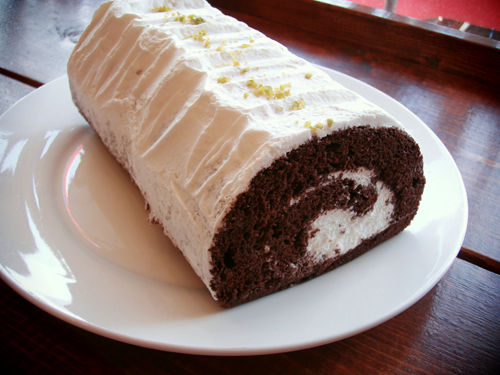 Roll_Cake.png