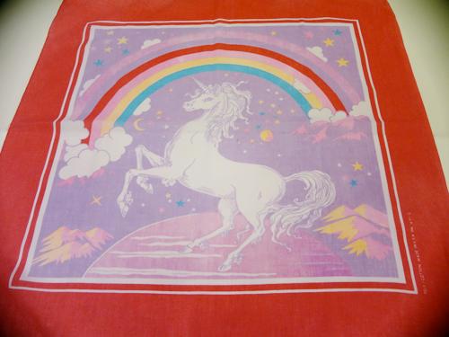 Unicorn_Bandanna_Red.jpg