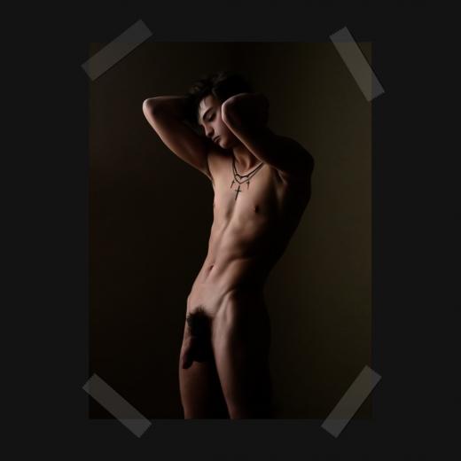 イケメンの全裸