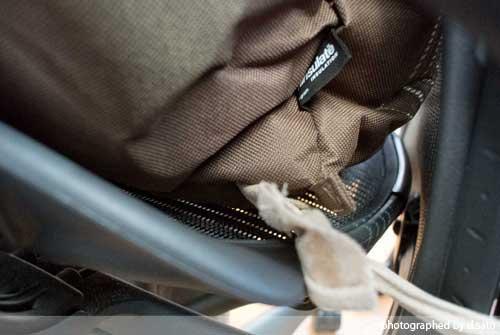 座れる毛布 楽天 通販 最安値 コジット 腰すっぽり座れる毛布 価格 DBR シンサレート あったかグッズ04