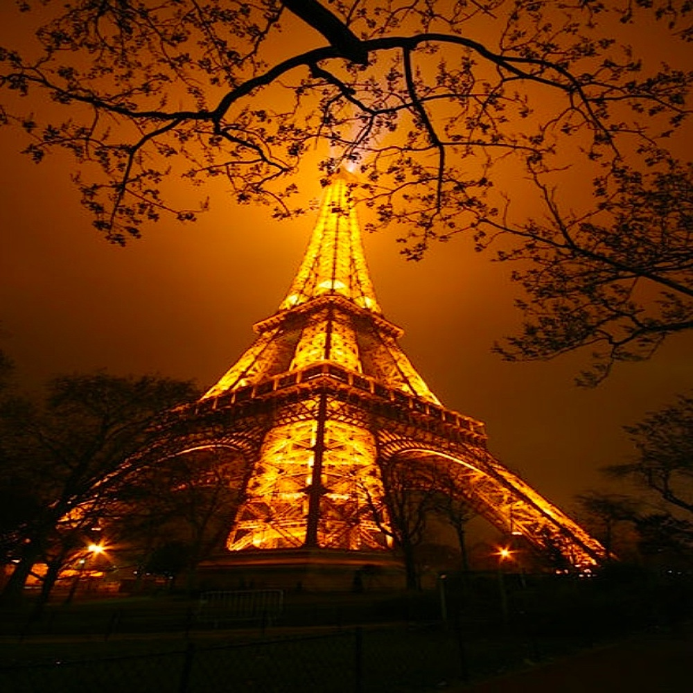 La_Tour_Eiffel1000PX.jpg