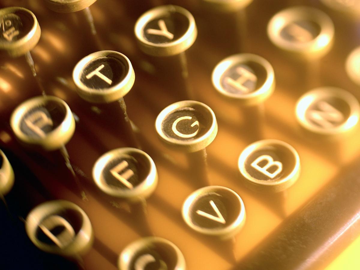 Typewriter_Keys-1200PX.jpg