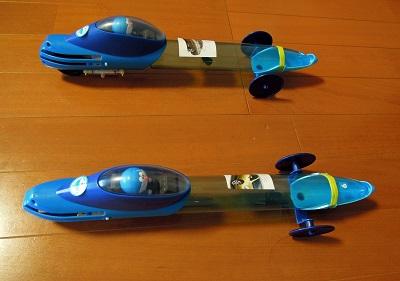2台の圧縮空気エンジンカー