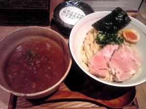 麺と心 7 たまり醤油の煮干白湯つけ麺