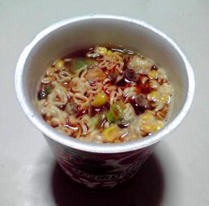 サッポロ一番 みそラーメン 辛口ラー油仕上げ(できあがり)