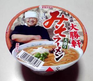 大勝軒 みそラーメン 大盛り(カップ版)