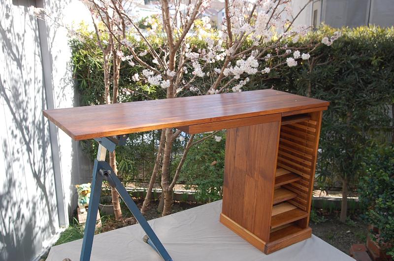 desk2012--1.jpg