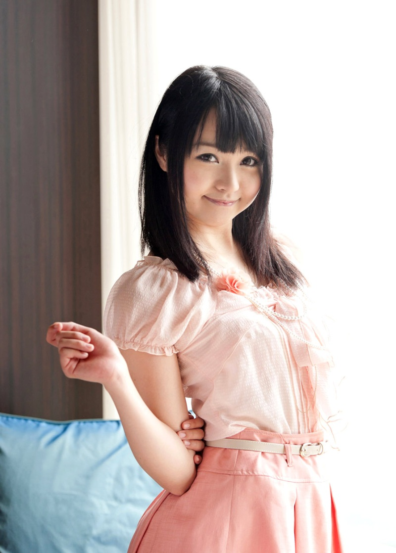 【No.7464】 綺麗なお姉さん / 愛内希