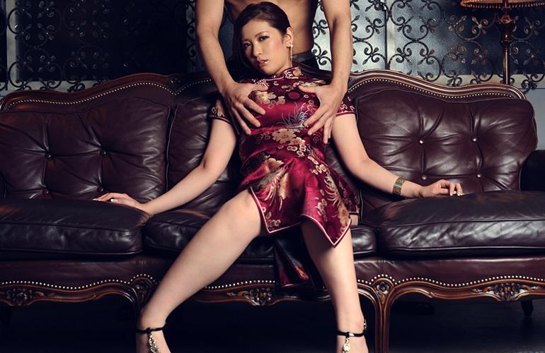 春日由衣 チャイナドレスストリップ&濃厚セックス