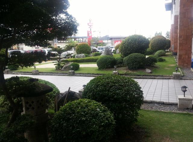 パークモールの庭