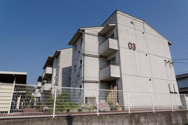 愛媛県営久米団地の住棟