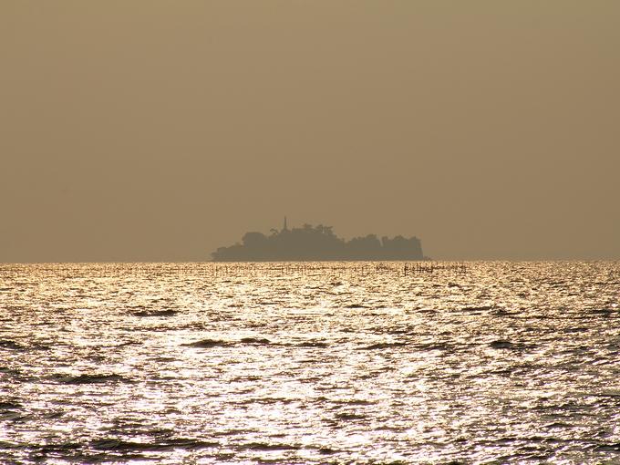 彦根から見た多景島